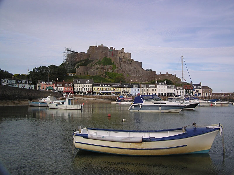Gorey Castle - Click to go back
