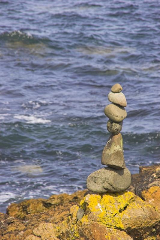 Standing stones - Click to go back